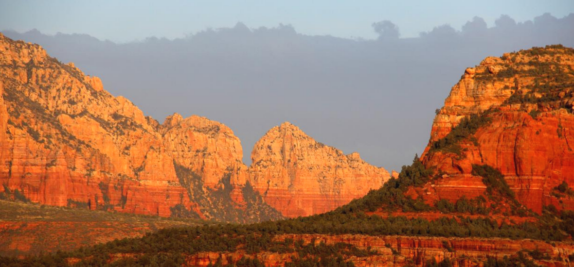 Sweeping view of Sedona's red rocks